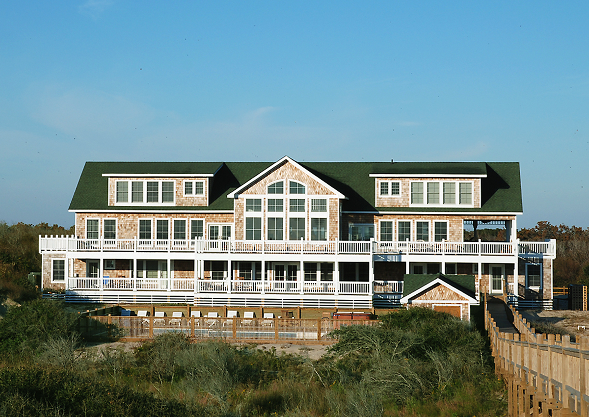 The Three Authors Oceanfront Homes - Currituck Outer Banks